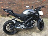 MT 125 ABS - Akrapovic Exhaust sounding Amazing - LED's - Engine Guard - Windscreen - Alarm