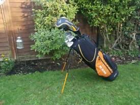 Mizuno golf set with carry bag £80 ono
