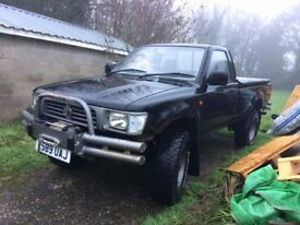 MK3 1997 TOYOTA HILUX 2.4 DIESEL 4X4 LOW MILEAGE WINCH LN105 ****Now £3,400******Reduced Price******