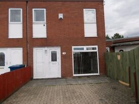 THREE BED HOUSE - WASHINGTON - MOVE IN FOR £365.00