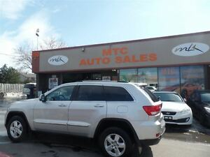 2012 Jeep Grand Cherokee Laredo, AWD, V6, PUSH TO START, LOW MIL