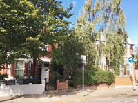 Recently redecorated three bedroom ground floor flat within 15 mins walk to Kensal Green station