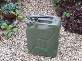 Metal Jerry can with spout