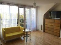En-suit room with balcony in Isleworth