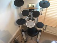 Roland 7 piece electric drum kit with sticks & drum stool included