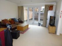 Amazing 2 bed spacious apartment in the heart of Purley close to all amenities and transport in CR8