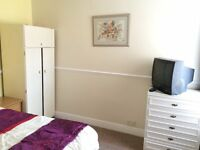 Clean, quiet double, NO Council tax / Agent fees, parking- in just renovated clean smart house, £105
