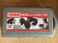 *BRAND NEW * YORK FITNESS 20KG CAST IRON DUMBBELL SET, WITH CASE.