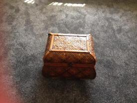 Wicker style box