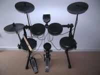 Alesis DM6 USB Electronic Drum Kit with Cymbals , Hi-Hat , Bass Pedal and 218 Sounds / Boxed.