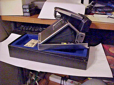 Vintage Polaroid SX-70 Land Camera Sonar One Step W/Box & Strap Good Condition