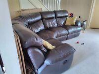Dfs Leather Corner Sofa with 2 manual Recliners, very good condition!!!