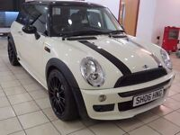 !!12 MONTH MOT!! 2006 MINI COOPER / SERVICE HISTORY / WHITE / PANORAMIC ROOF / HALF LEATHER