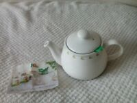 'CHATSFORD' PG TIPS TEAPOT, BRAND NEW.