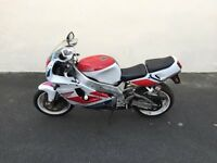 Yamaha YZF 750 1994 Barn Find spares or repairs