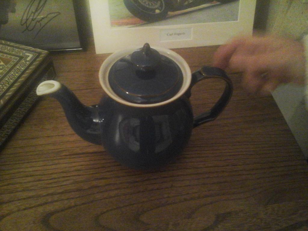 denby blue tea pot