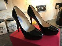 Designer Jimmy Choo Black Patent Leather Round Toe Platform Stiletto's uk6 eu39.5 rp£450