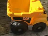Free Caterpillar mega blocks dumper truck