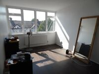 Great Size and Location + Codnition One Bedroom Maisonette Available Now N17