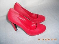LADIES CLASSY RED SHOES