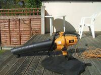 JCB Blower/Vacuum