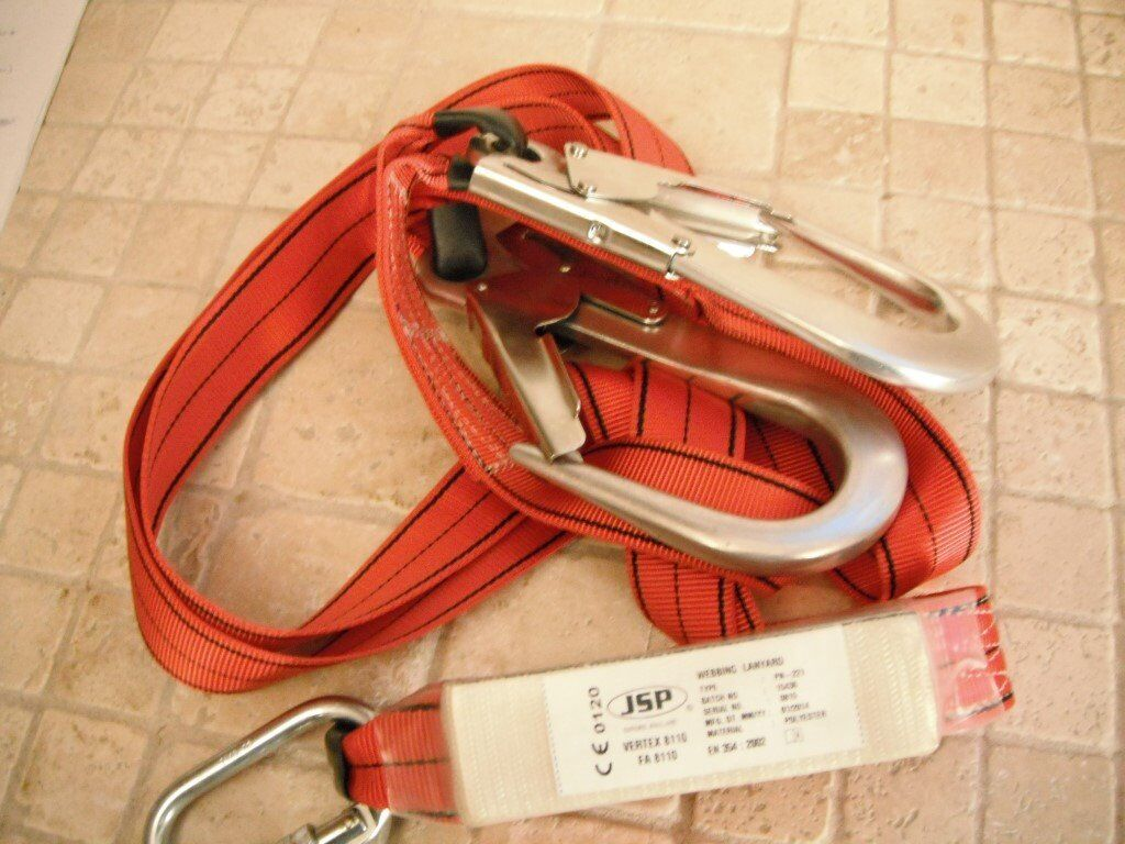 Safety Harness, NEW JSP Pioneer Twin Tail Fall Arrest Kit with 2m Lanyard