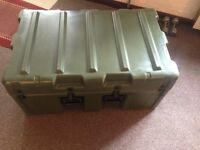 Pelican / Hardigg Giant Case, protect camping, camera, sports equipment trunk.