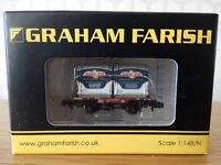 Graham Farish N Gauge - 377-341 - Conflat With 2 AF Containers 'Birds Eye'