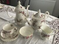 Royal Albert Lavender Rose bone china - Dinner and Tea sets