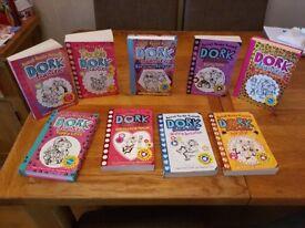 9 Dork diaries books