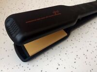 GHD Professional Ceramic Hair Straighteners barely used