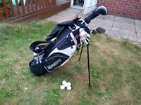 JUNIOR RIGHT-HANDED-MASTERS GOLF SET CARRY AND STAND BAG