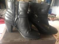 Ladies Jones black boots
