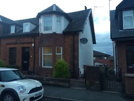 3 Bedroom Semi-detached House Close To Johnstone Railway Station unfurnished