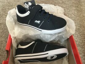 Lonsdale boys trainers size 10 navy
