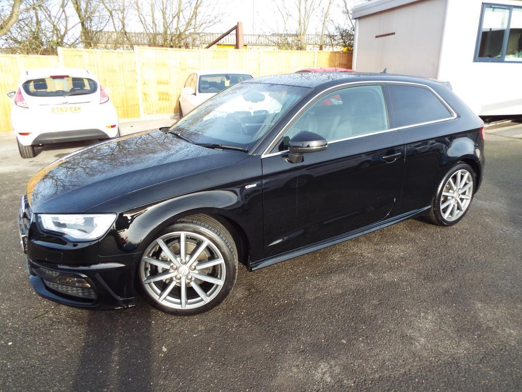 audi a3 1 4 tfsi 150 s line 3dr black 2015 02 26 in braintree essex gumtree. Black Bedroom Furniture Sets. Home Design Ideas