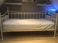 Bed frame & trundle