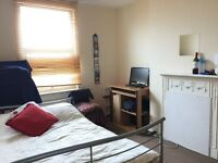 double bedroom in Leytonstone- £450 per month