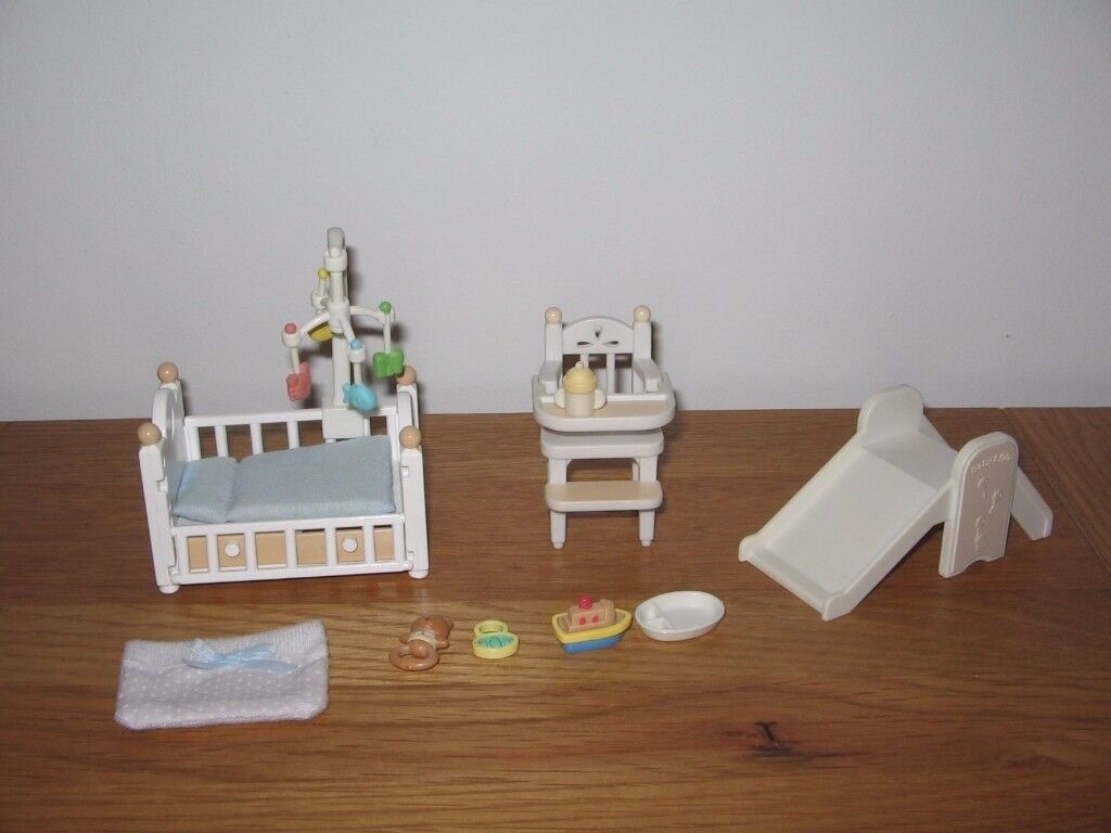 SYLVANIAN FAMILIES nursery - cot with mobile, highchair, slide & more