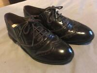 Ladies / girls Smart brogue shoes -Debenhams- Size 7