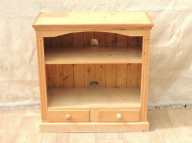 Bookshelf strong and chunky with drawers (Delivery)