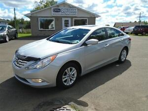 2013 Hyundai Sonata GLS, Auto, Sunroof, Heated Seats, Bluetooth