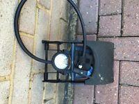 Twin barrel foot pump