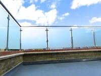2 bedroom house for rent with private glass fronted roof terrace! Hampton Hill