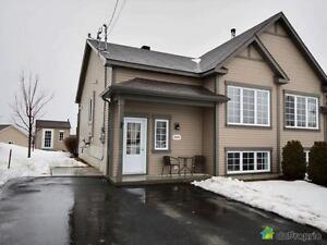 184 900$ - Jumelé à vendre à Sherbrooke (Fleurimont)