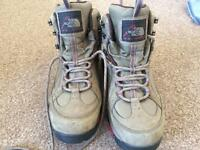 Women's North Face walking boots size 7.5