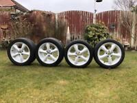 Alloy wheels/Tyres