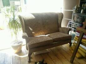 Like New. Purple 2 seater chair / sofa