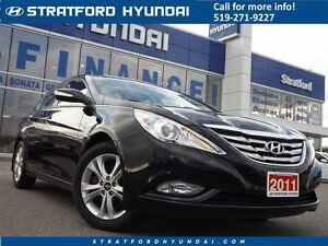 2011 Hyundai Sonata Limited | LEATHER | SUNROOF | ONLY 60K! Stratford Kitchener Area image 1