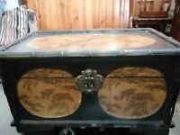 SET OF THREE BEAUTIFUL VINTAGE ORIENTAL CHINESE INSPIRED STORAGE BOXES